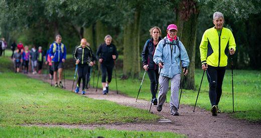 Journée nationale de la marche nordique : Le sport-santé à l'honneur samedi à Paris